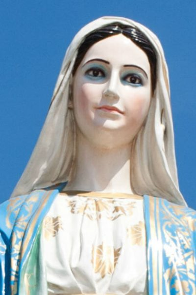 Image of a statue of Mary. #Mary #Memorare